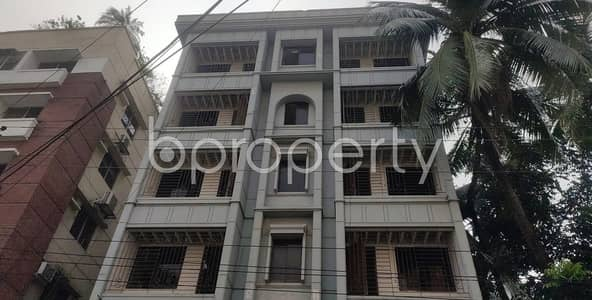 2 Bedroom Apartment for Rent in Dhanmondi, Dhaka - When Location and Convenience is your priority, this flat is for you which is 1350 SQ FT for rent in Dhanmondi, Road No 12A