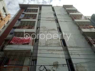 A well-constructed 1350 SQ FT flat is for sale in Nurer Chala
