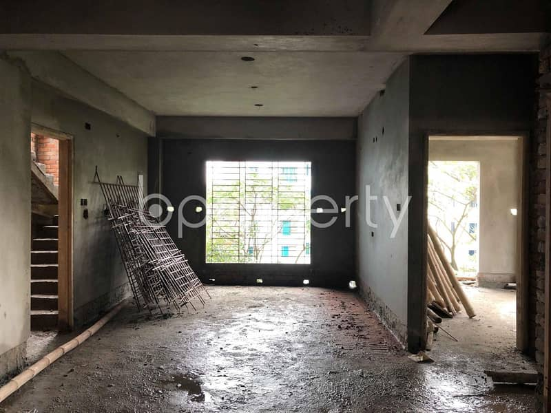 We Have A 1500 Sq. Ft Flat For Sale In Bashundhara R-A , Block H.