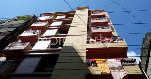 3 Bedroom Flat for Rent in 7 No. West Sholoshohor Ward, Chattogram - See This 1350 Square Feet Smartly Priced Apartment Which Is Up For Rent In 7 No. West Sholoshohor Ward , That You Should Check.