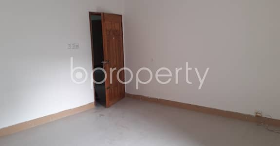 3 Bedroom Flat for Rent in Hatirpool, Dhaka - A 1400 Sq Ft Nice Apartment Is Up For Rent Is Located At Elephant Road Nearby Hatirpool Kacha Bazar