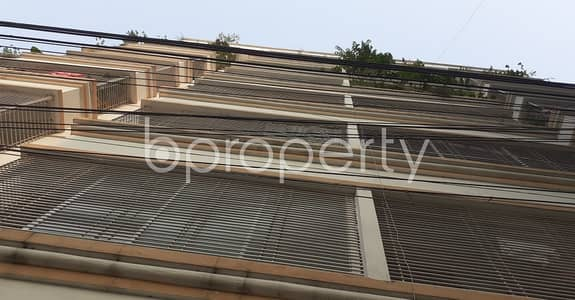 2 Bedroom Flat for Rent in Hazaribag, Dhaka - Tastefully Designed this 900 SQ FT flat is now vacant for rent in Rayer Bazaar, Sultanganj