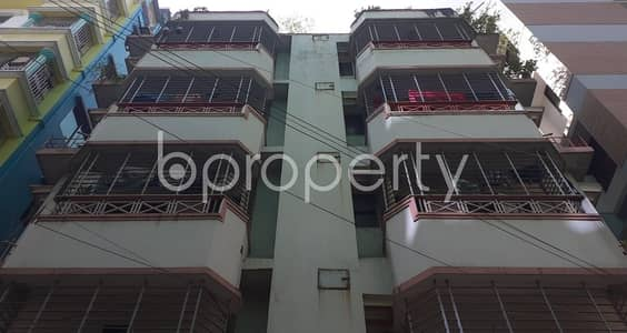 Tastefully Designed this 950 SQ FT flat is now vacant for rent in Banasree, Road No 3