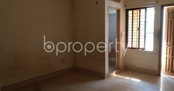 3 Bedroom Flat for Rent in Bakalia, Chattogram - To Reside In A Beautiful Apartment, Visit This 1250 Sq Ft Sq Ft Property In Shanti Nagar