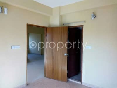 3 Bedroom Apartment for Rent in Bashundhara R-A, Dhaka - 1450 SQ Ft apartment for rent is all set for you to settle in Bashundhara close to Bangladesh Resource Improvement Trust.