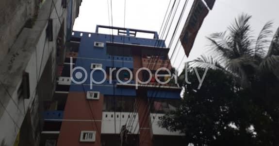 3 Bedroom Flat for Rent in 22 No. Enayet Bazaar Ward, Chattogram - In This Serene Neighborhood Of 22 No. Enayet Bazaar Ward A 3 Bedroom Large Flat Is Up For Rent.