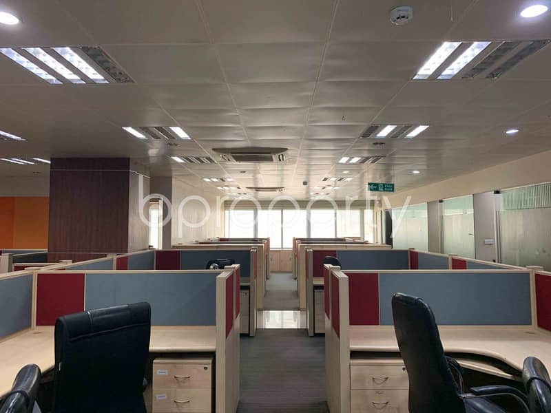 Near Sonargaon Road An Office Is Ready For Rent In Paribagh