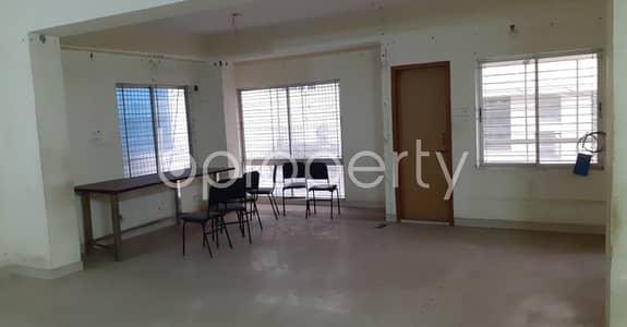 ভাড়ার জন্য এর অফিস - কলাবাগান, ঢাকা - In Kalabagan Near Lake Circus Girls' High School This 1100 Sq. Ft Office Space Is Up For Rent.