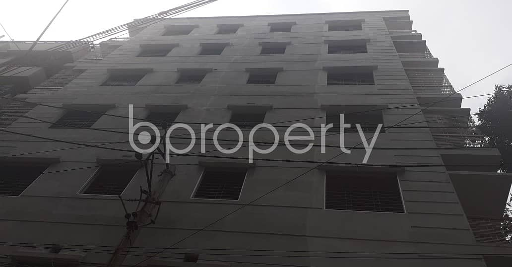 Deal with Your Business in 280 Sq Ft shop with a Convenient to Rent in Bosila