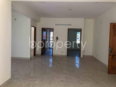 3 Bedroom Apartment for Rent in Bashundhara R-A, Dhaka - Properly Constructed Flat For Rent In Bashundhara R-A, Near American International University-bangladesh