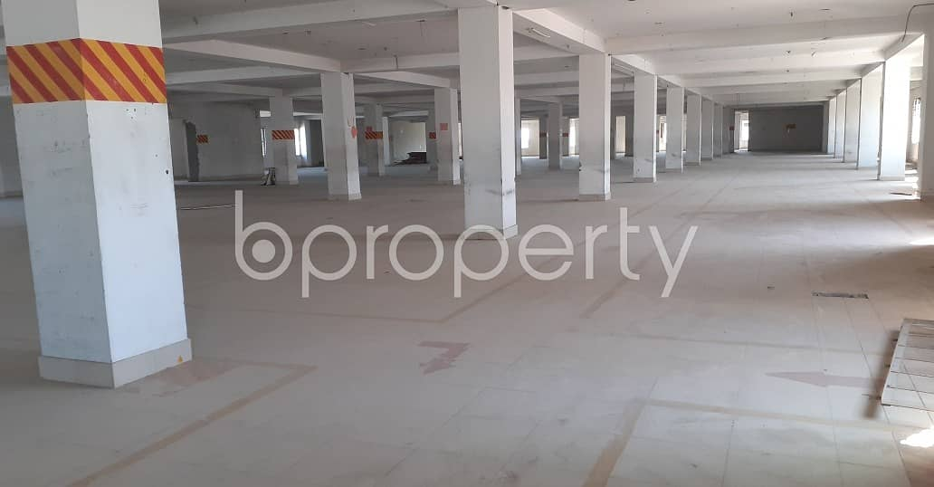At Dakshin Khan Open space for Rent close to Jame Masjid