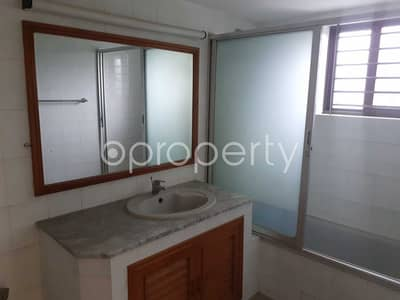 Luxurious Apartment Is Up For Sale In Gulshan 2 Near To Hotel Lake Breeze