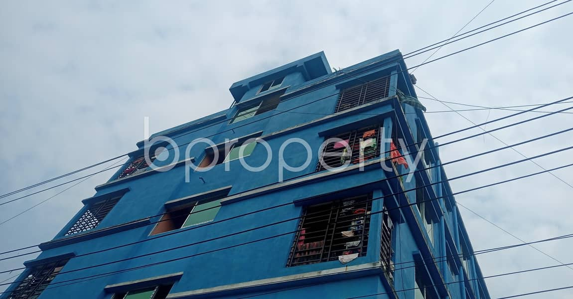 Close To Meher Afzal School An Apartment For Rent Is Available In Bandartila .