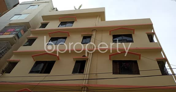 2 Bedroom Apartment for Rent in 7 No. West Sholoshohor Ward, Chattogram - A relaxing 900 SQ FT flat is up at Cosmopolitan R/A, Sholoshohor with a very low price