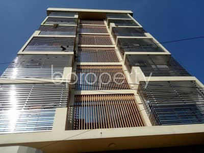 2 Bedroom Flat for Rent in Bashundhara R-A, Dhaka - Built With Modern Amenities, Check This 900 Sq. Ft Medium Size Flat For Rent In The Location Of Block H, Bashundhara R-A