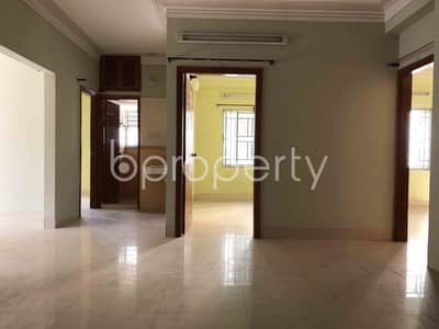 3 Bedroom Apartment for Rent in 15 No. Bagmoniram Ward, Chattogram - A 1500 Square Feet Large And Ready Apartment To Rent In Mount Valley R/A.