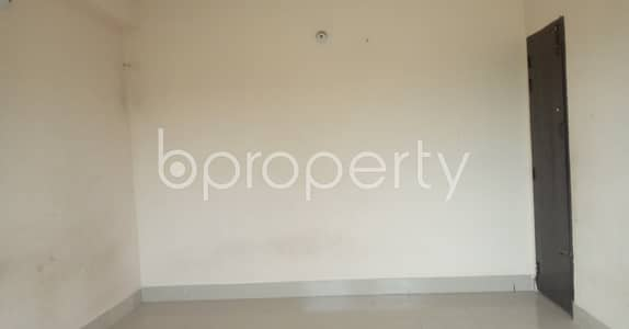 2 Bedroom Flat for Rent in Halishahar, Chattogram - Make this 700 SQ FT rental family residence yours located at 38 No. South Middle Halishahar
