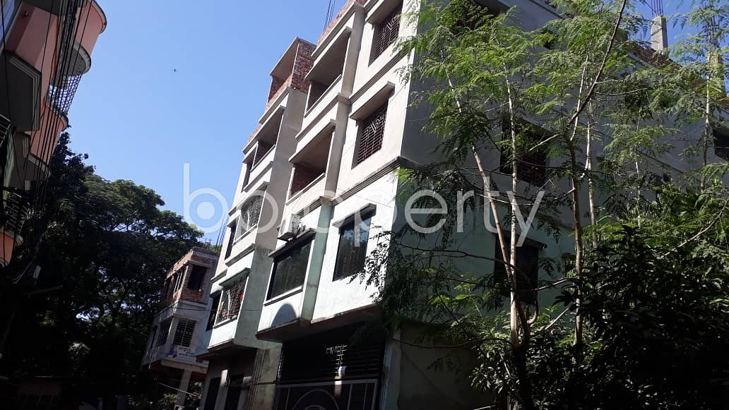 Available Residential Apartment Of 950 Sq. Ft In Halishahar Housing Estate Is Up For Rent.
