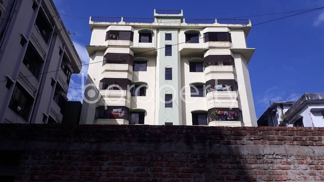 A Nice 2 Bedroom House Is Available For Rent At Halishahar Housing Estate , With An Affordable Deal.