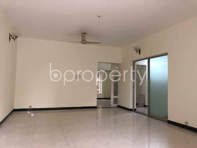 4 Bedroom Apartment for Rent in Khulshi, Chattogram - A well sized 3300 SQ FT residential apartment is available for rent at North Khulshi, Khulshi Hill R/A