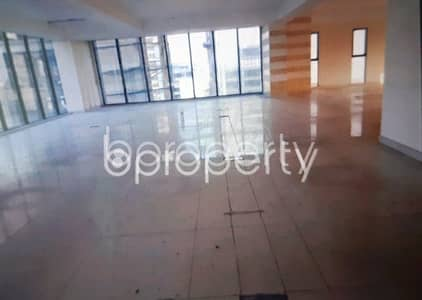 Floor for Rent in Gulshan, Dhaka - This suitable 2910 SQ FT office is waiting to get rented at Gulshan