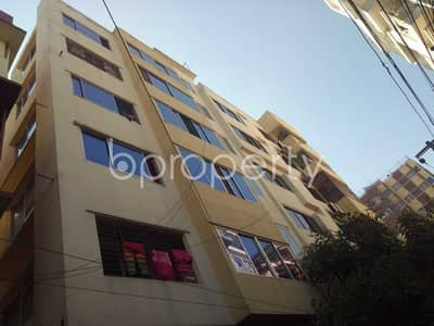 3 Bedroom Flat for Rent in 16 No. Chawk Bazaar Ward, Chattogram - Lovely 1250 Sq Ft And 3 Bedroom Living Property Is Up For Rent In Snabab Siraj Ud Daula Road, Chawk Bazaar.