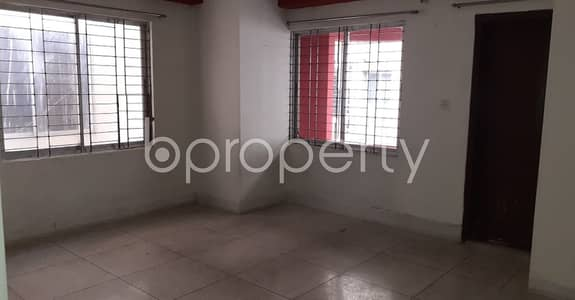 4 Bedroom Flat for Rent in New Market, Dhaka - Well Constructed 2365 Sq Ft Living Property Is Up For Rent In Mirpur Road, New Market.