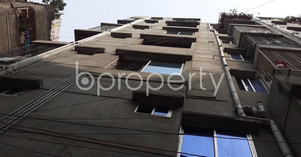 We Offer You This Nice Flat Of 700 Sq Ft Which Is Up For Rent, Located In Rayer Bazaar
