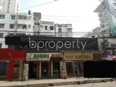 ভাড়ার জন্য এর দোকান - বনানী, ঢাকা - 550 Sq Ft Commercial Shop Space Is Up For Rent In Road No 8, Banani.