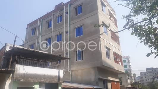 3 Bedroom Apartment for Rent in Halishahar, Chattogram - This convenient 1200 SQ FT apartment for residential purpose is waiting to get rented at 26 No. North Halishahar Ward