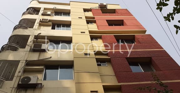 3 Bedroom Apartment for Rent in Dhanmondi, Dhaka - This suitable 1750 SQ FT residential home is waiting to get rented at Dhanmondi