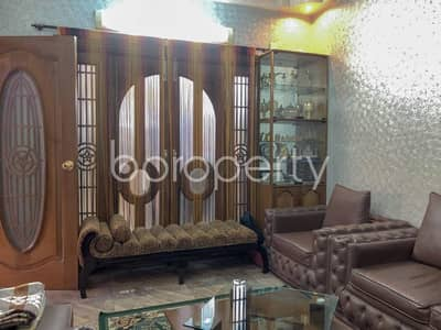 3 Bedroom Flat for Sale in Lalbagh, Dhaka - This Well Planned Apartment At Lalbagh, Near Dr. Shahidullah College Is Up For Sale