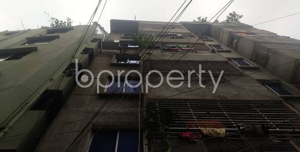 3 Bedroom Apartment for Rent in Kathalbagan, Dhaka - Graceful Flat Of 950 Sq Ft Is Prepared For Rent In Crescent Road