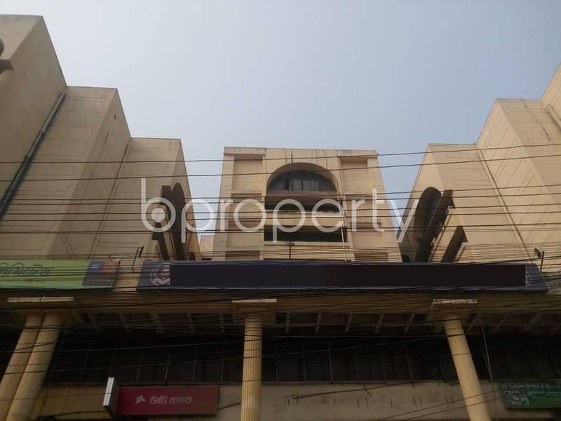 সুন্দর কাঠামো দ্বারা নির্মিত গাজীপুর, টঙ্গী স্টেশন রোড সংলগ্ন ৩৯০০০ বর্গফুটের একটি বাণিজ্যিক অফিস ভাড়া দেওয়া হবে