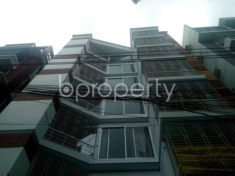 Cozy Apartment Is Available For Sale In Bashundhara R-A Nearby Sapra Mosjid Club