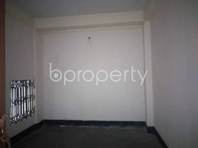 1 Bedroom Flat for Rent in 15 No. Bagmoniram Ward, Chattogram - At Dampara 500 Square Feet Medium Size Ready Apartment Is To Rent .
