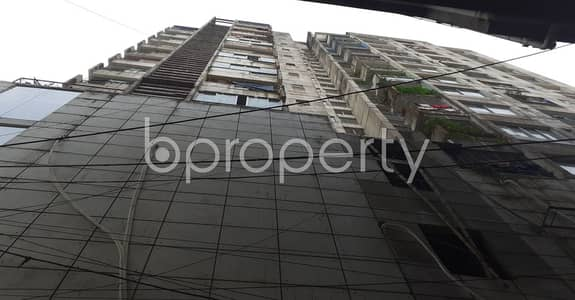 3 Bedroom Flat for Rent in 22 No. Enayet Bazaar Ward, Chattogram - Attention ! A 1200 Sq. Ft Flat Is Up For Rent At Enayet Bazaar Close To Buddhist Temple, This Is What You've Been Searching For As Your New Home!