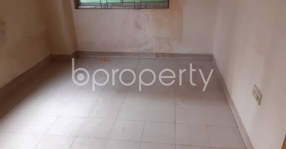 3 Bedroom Apartment for Rent in 33 No. Firingee Bazaar Ward, Chattogram - Visit This 1200 Sq Ft Rentable Property To Make It Your New Home In Firingee Bazaar