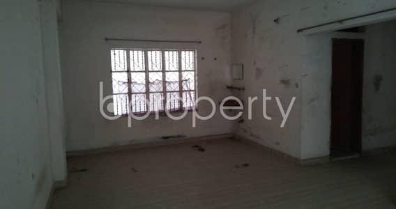 ভাড়ার জন্য এর অফিস - মগবাজার, ঢাকা - Visit This Office Space Of 900 Sq. Ft Is For Rent Located In Nayatola Road.
