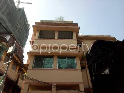 2 Bedroom Flat for Rent in 15 No. Bagmoniram Ward, Chattogram - A Structurally Well Set Living Property For Rent Is Available In Bagmoniram, Dampara Road.