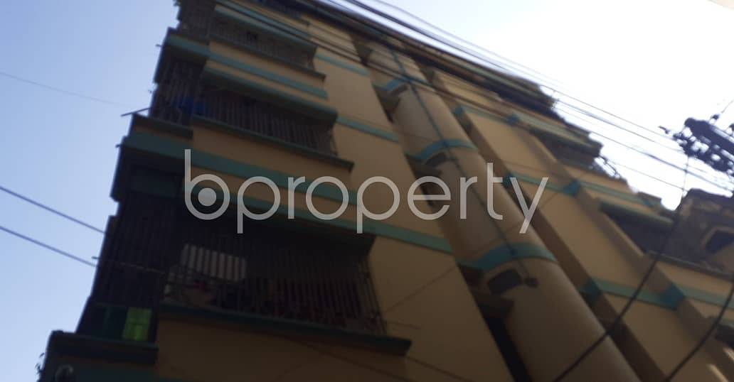 A Living Property In Kazi Bari By Lane With A Convenient Price Is Up For Rent.