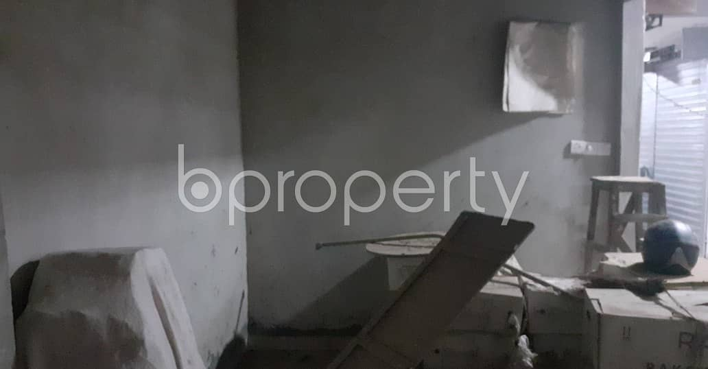 Acquire This 96 Sq. Ft Shop Which Is Up For Sale In Naya Bazar Near Ahmed Bawany Academy School and College.