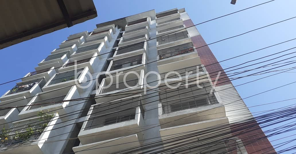 A 1200 SQ FT very reasonable medium flat is available for rent at Kazir Dewri