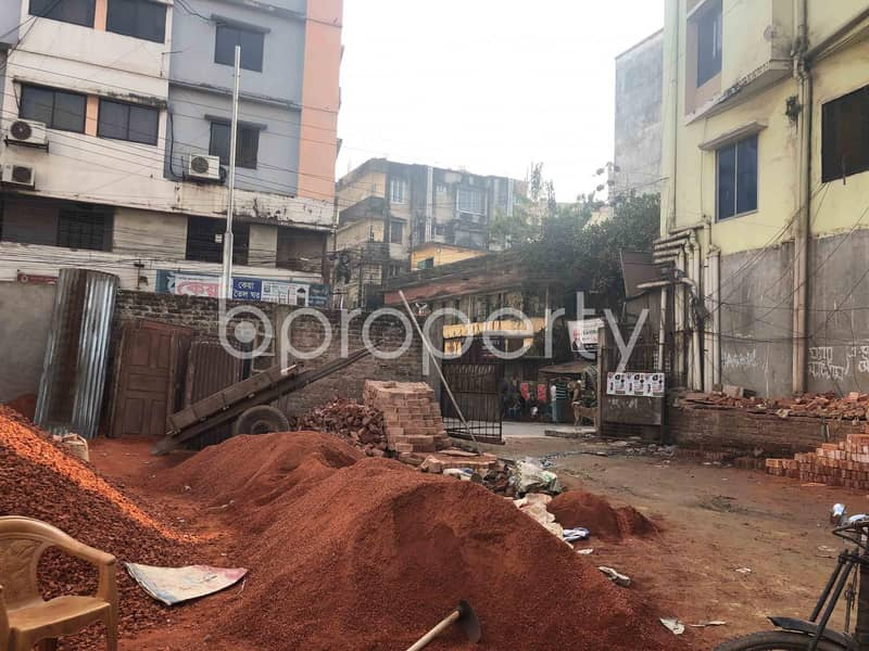 Grab This 3000 SQ FT Commercial Plot Which Is Available For Rent In East Madarbari