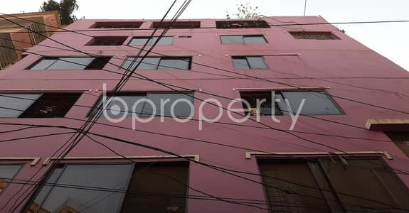 Office for Rent in New Market, Dhaka - Commercial Arena Of 1050 Sq Ft Is Up For Rent In Elephant Road, Newmarket