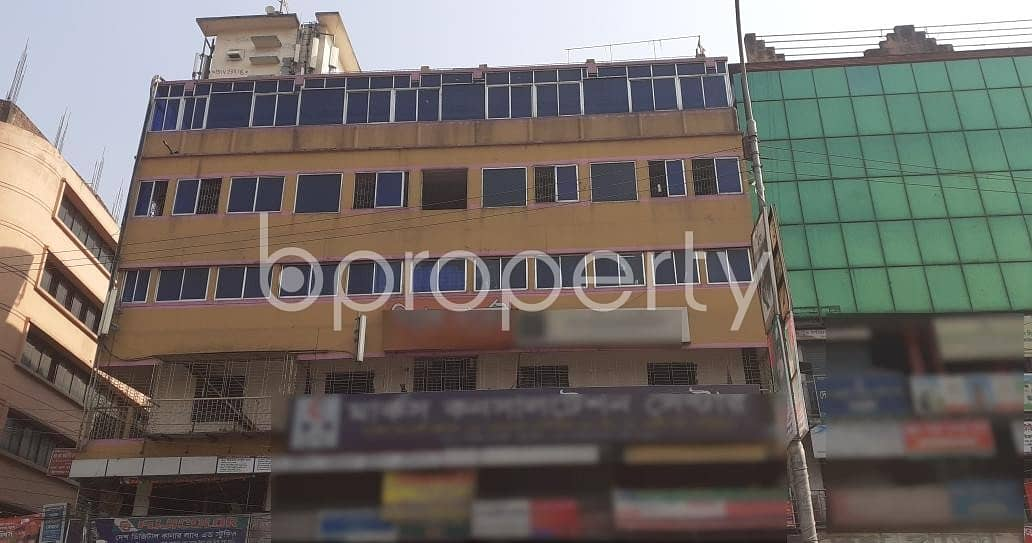 Mirpur Road Is Giving You A 4400 Square Feet Commercial Space For Rent