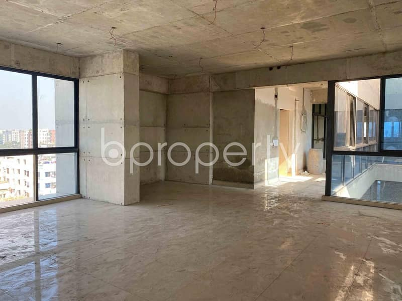 Work In A 3200 Sq Ft Rental Office In Dhanmondi Nearby Ideal College