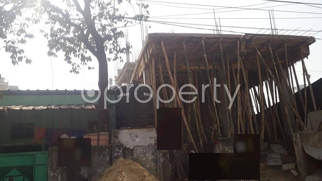 This 1200 Sq. ft Commercial Factory For Rent At Halishahar Near By Baitun Nur Jame Masjid.