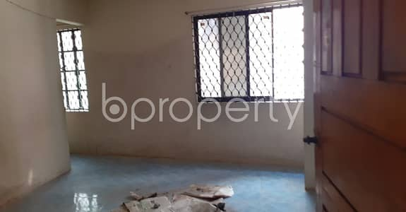 3 Bedroom Flat for Rent in 22 No. Enayet Bazaar Ward, Chattogram - Make your residence in a 900 SQ FT rental home at 22 No. Enayet Bazaar Ward