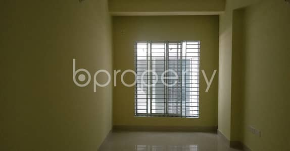 An appropriate 950 SQ FT apartment is arranged to be rented at Road No 1, Bakalia